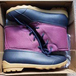 Sperry Port Boots - 6Y = 8 Women
